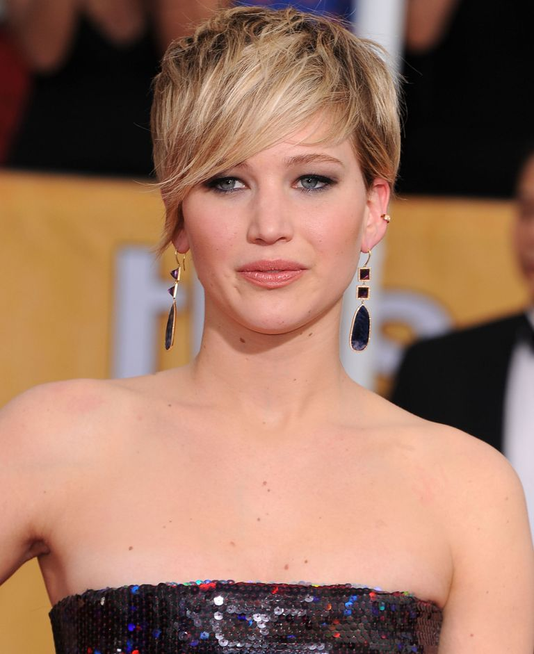 Pixie Haircuts - hairstyles for short hair - short hairstyles 2020 - short haircuts 2020 - pixie cut - anne hathaway short hair - katy perry short hair - pixie cut haircuts 2020 - very short pixie haircuts - pixie haircuts for women - best pixie cuts 2020 - cute pixie cuts - pixie cut for girls - pixie cuts for older women - Jennifer Lawrence's long layered pixie